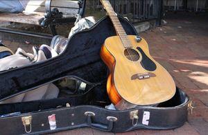 Guitar d58f5013 1194 4cea b40a 92f8c93002a6